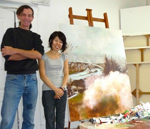 901 Main artists Dennis Brown and Eri Ishii in Ishii's studio